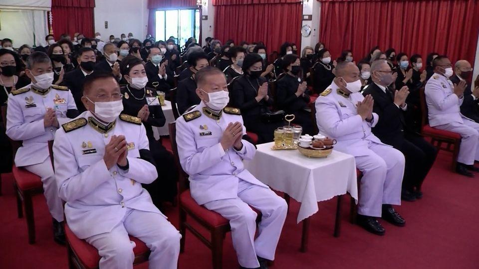 ประธานองคมนตรี เป็นผู้แทนพระองค์ไปในการบำเพ็ญพระราชกุศลออกเมรุพระราชทานศพ พลอากาศเอก กำธน สินธวานนท์