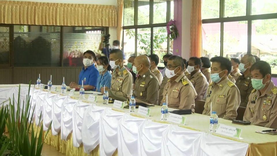 องคมนตรี ไปตรวจเยี่ยมและติดตามความก้าวหน้าการดำเนินงานโรงเรียนราชประชานุเคราะห์ 49 จังหวัดตราด