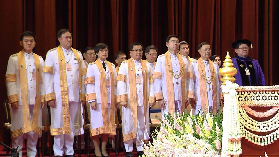 สมเด็จพระกนิษฐาธิราชเจ้า กรมสมเด็จพระเทพรัตนราชสุดาฯ สยามบรมราชกุมารี พระราชทานปริญญาบัตรแก่ผู้สำเร็จการศึกษาจากจุฬาลงกรณ์มหาวิทยาลัย ประจำปีการศึกษา 2561 เป็นวันแรก