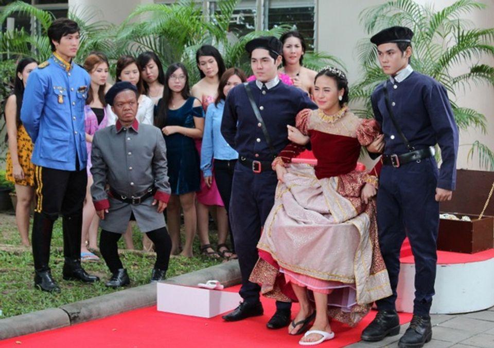คู่กิ๊กพริกกะเกลือ 5 ตุลาคม 2556