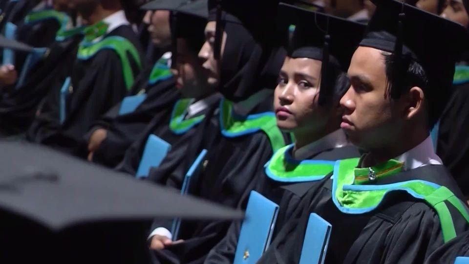 สมเด็จเจ้าฟ้าฯ กรมพระศรีสวางควัฒน วรขัตติยราชนารี พระราชทานปริญญาบัตรแก่ผู้สำเร็จการศึกษาจากมหาวิทยาลัยสงขลานครินทร์ ประจำปีการศึกษา 2561 เป็นวันที่ 2