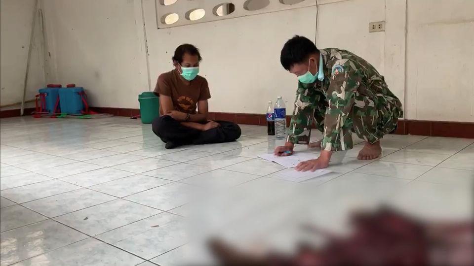บุกจับกลุ่มนายพรานล่าเลียงผา คว้าอีโต้ฟัน จนท.เลือดอาบ รวบได้ 1 หนีรอด 3 คน