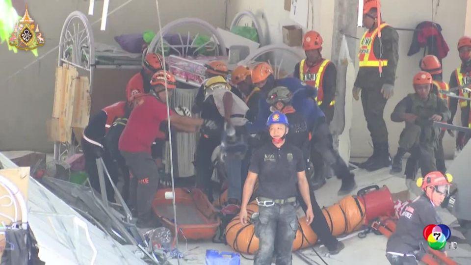 กู้ภัยฟิลิปปินส์เร่งช่วยผู้ติดในซากอาคารหลังเกิดเหตุแผ่นดินไหวครั้งใหญ่