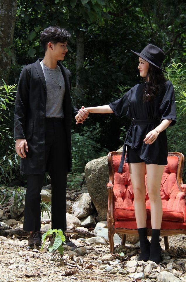 """ส่องเบื้องหลัง MV เพลง ปันรัก """"ด้วยสองมือเรา"""" จากโครงการ """"7 สี ปันรักให้โลก"""""""