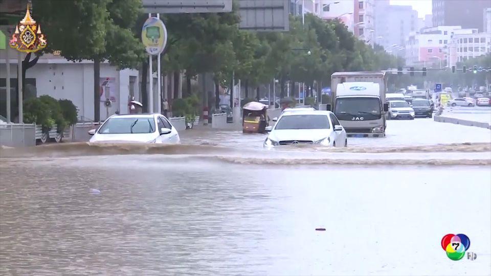 เกิดเหตุฝนตกน้ำท่วมหนักและดินถล่มในจีน
