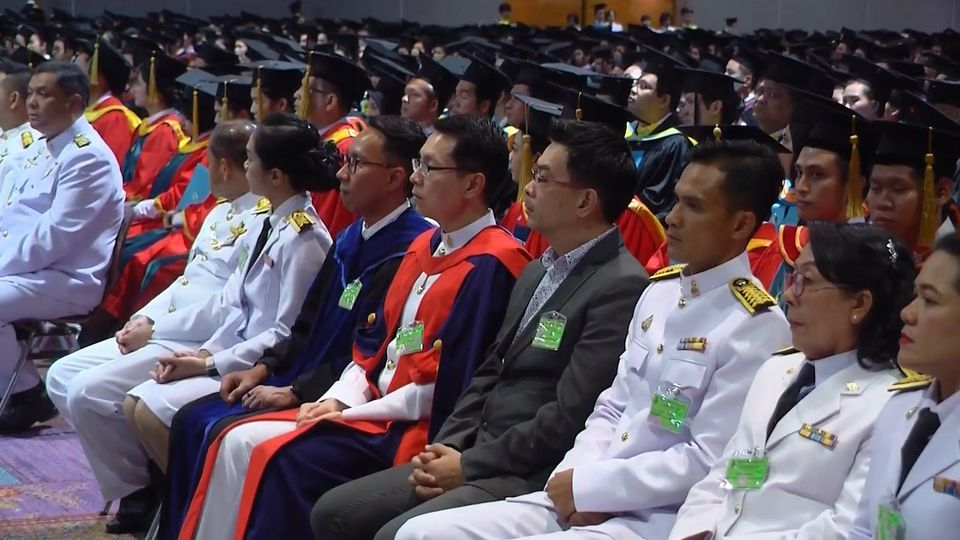 สมเด็จเจ้าฟ้าฯ กรมพระศรีสวางควัฒน วรขัตติยราชนารี พระราชทานปริญญาบัตรแก่ผู้สำเร็จการศึกษาจากมหาวิทยาลัยสงขลานครินทร์ เป็นวันสุดท้าย