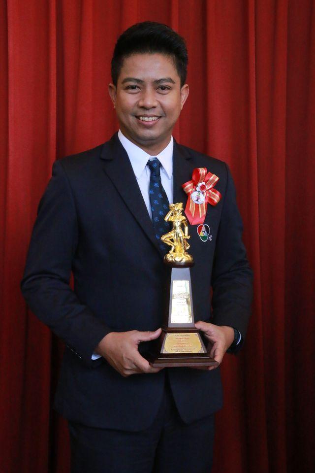 ช่อง 7HD ยกทัพ  รับพระราชทานรางวัล เทพทอง ครั้งที่ 19