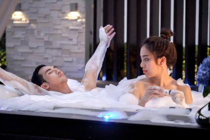 พักรบพบรักมโน บิ๊กเอ็ม-เปรี้ยว ลงอ่างอาบน้ำสวีตมุ้งมิ้ง