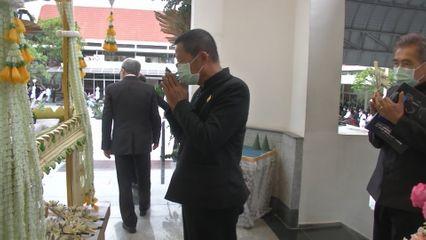 สมเด็จพระกนิษฐาธิราชเจ้า กรมสมเด็จพระเทพรัตนราชสุดาฯ สยามบรมราชกุมารี พระราชทานเพลิงศพ ศาสตราจารย์เกียรติคุณวิโชค มุกดามณี ศิลปินแห่งชาติ สาขาทัศนศิลป์ สื่อผสม พุทธศักราช 2555