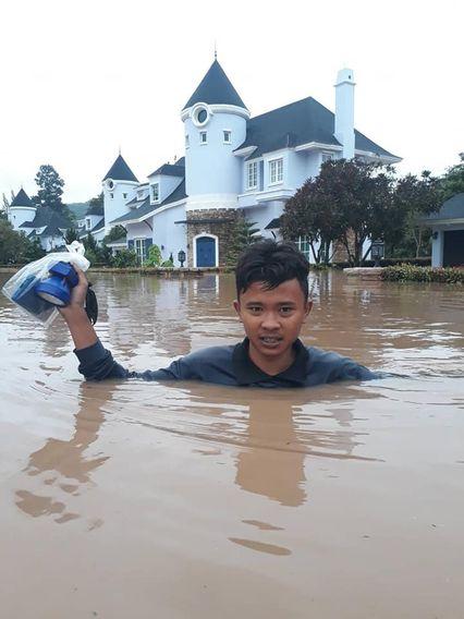 เผยภาพบ้านหรู 15 ล้าน บนเขาใหญ่ ยังหนีภัยธรรมชาติไม่พ้น น้ำป่าทะลักท่วมจมบาดาล