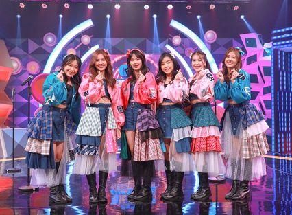 """""""6 สาว BNK48"""" โชว์เสียงร้องจัดเต็ม ท้าดวลกันเอง เพลง """"คุกกี้เสี่ยงทาย"""""""