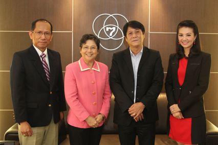 เอกอัครราชทูตฟิลิปปินส์ประจำประเทศไทย เข้าขอบคุณ ช่อง 7 สี สำหรับความช่วยเหลือในการมอบเงินจากกรณีภัยพิบัติจากพายุไต้ฝุ่นไห่เยียน