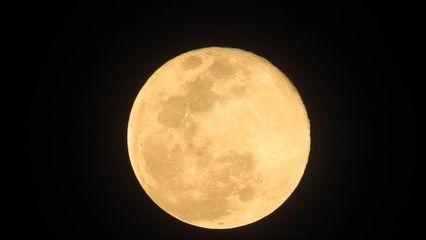 งดงามชม ซูเปอร์ฟูลมูน ดวงจันทร์เต็มดวงใกล้โลกที่สุดในรอบปี
